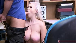 Teen rip-off artist gives officer a blowjob