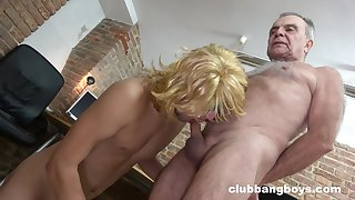 Old gay grandpa gets his cock sucked by a younger dude until he cums