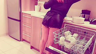 Redhead Housemaid With Freckles Tries Bbc For The First Time