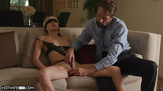 Sexy wife Misha Mynx receives an erotic bang from a domineering unfamiliar